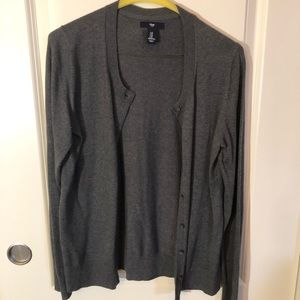GAP gray long sleeved cardigan with buttons
